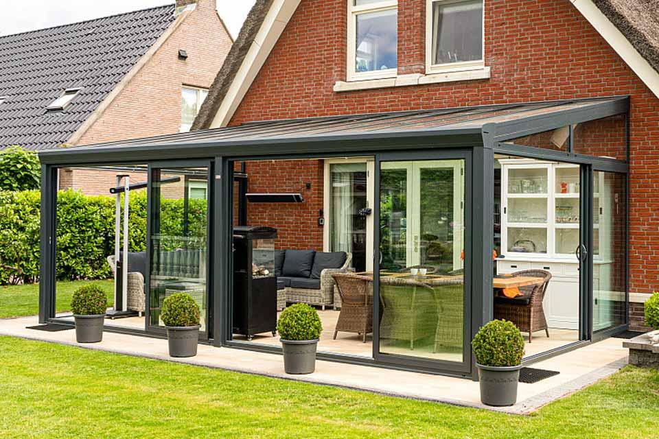 Aluxe Topline veranda met glas 6000x3000