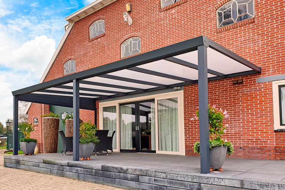 Aluxe Trendline veranda met platen 7950x4000