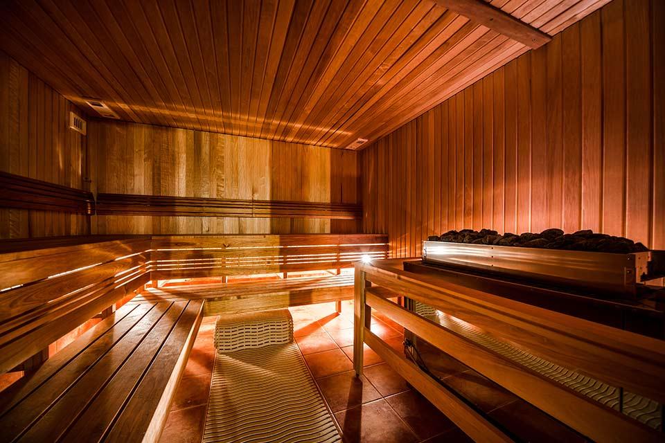 Zelf een sauna bouwen: waar moet je op letten?