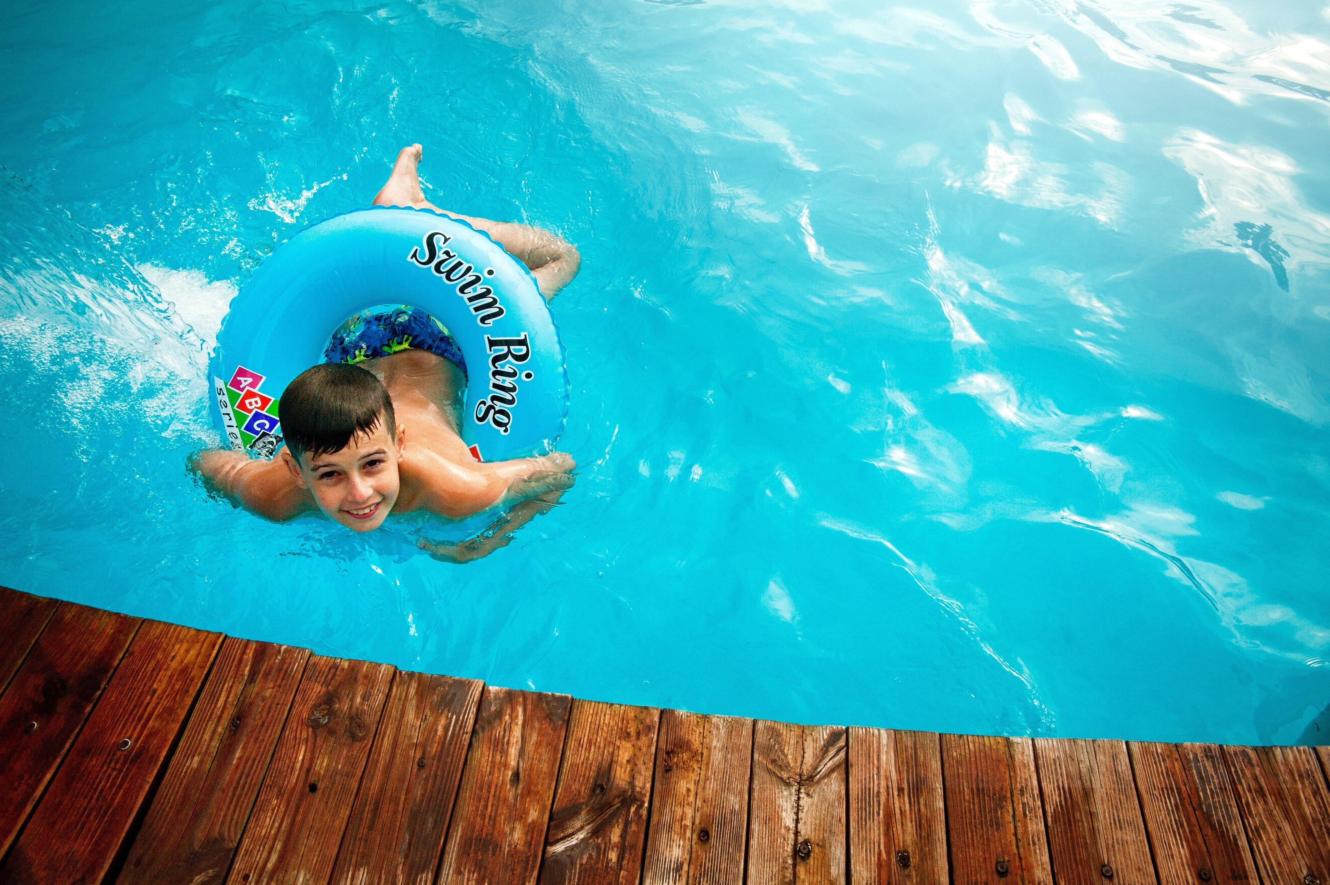 Een eigen zwembad in de tuin: dit zijn de opties