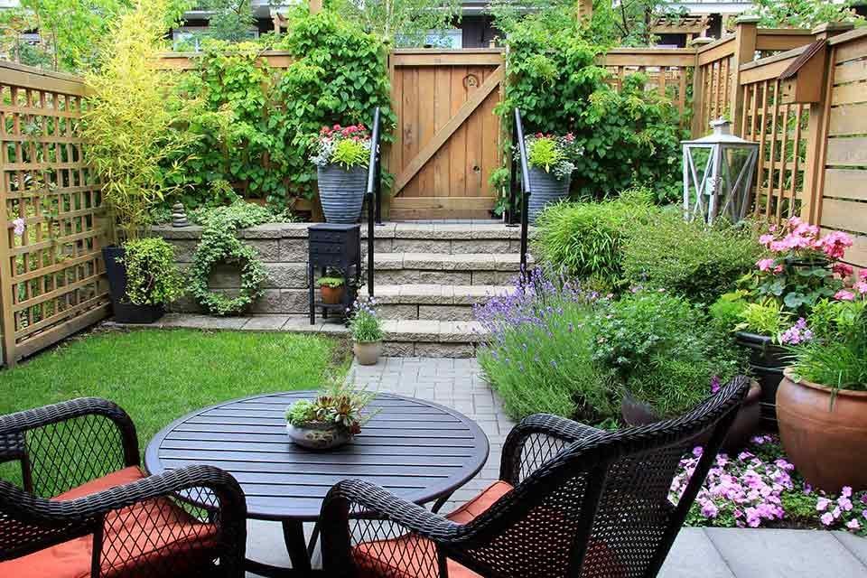 Kleine tuinmeubelen