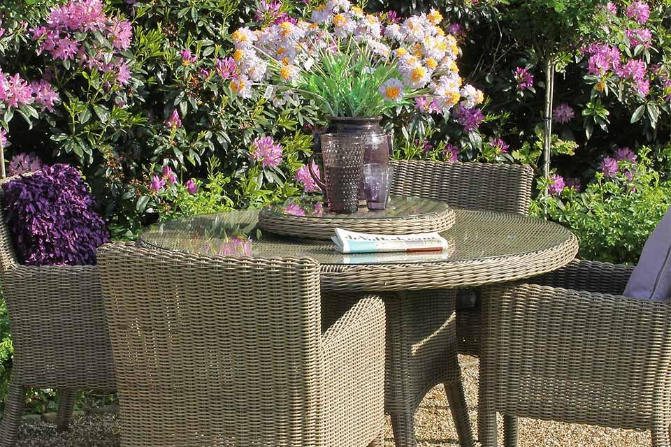 Brighton Victoria Tuinset Wicker   4 Seasons Outdoor!