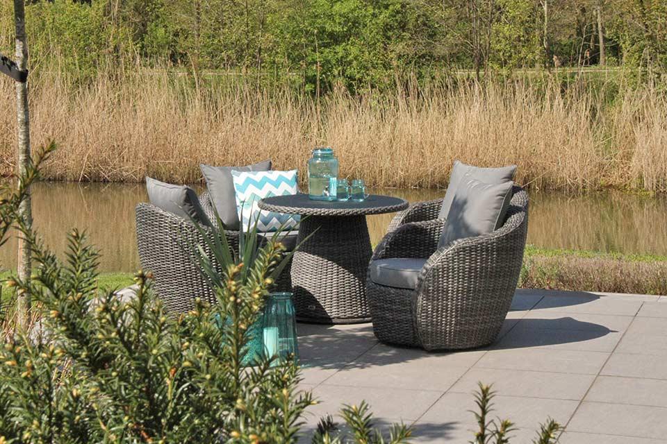 Lotus Loungestoel | Wicker | Artie Garden!
